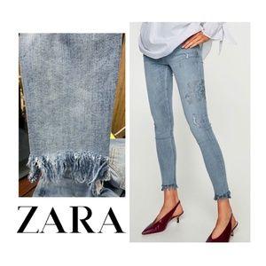 NEW Zara Floral Rhinestone Skinny Jeans Frayed Hem